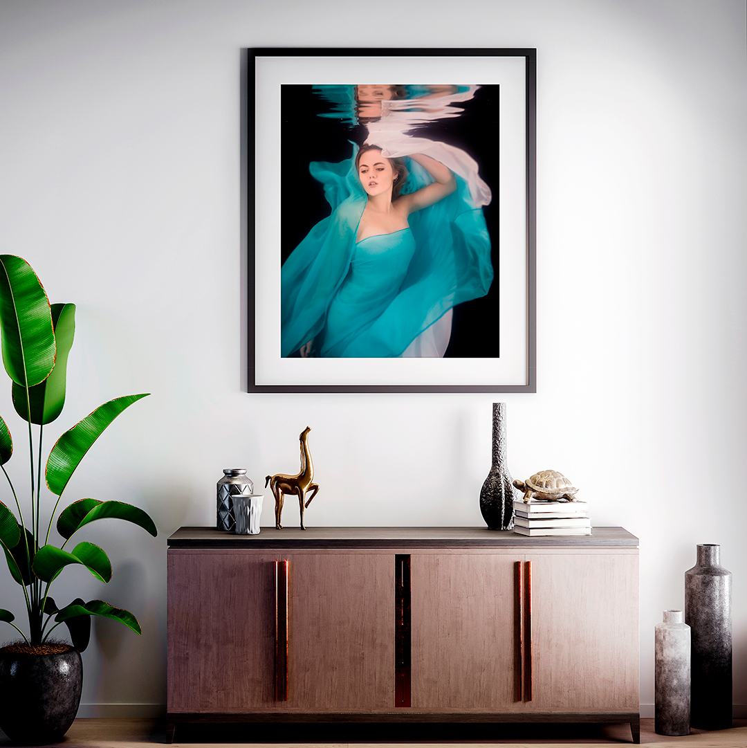 Wall artwork of glamourous woman underwater